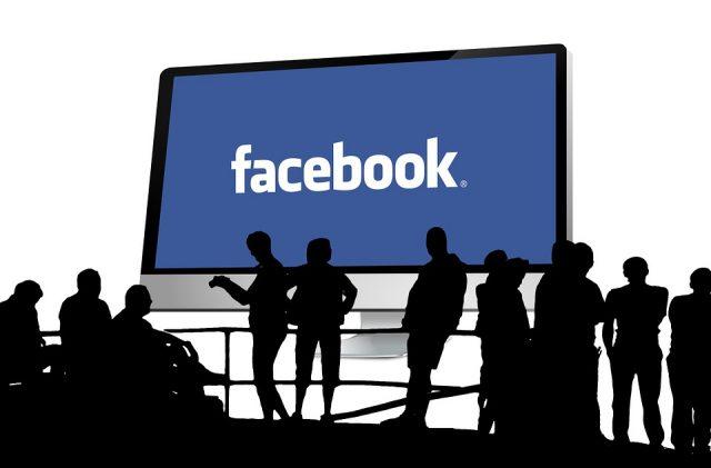 Facebook - un nouveau bouton en test