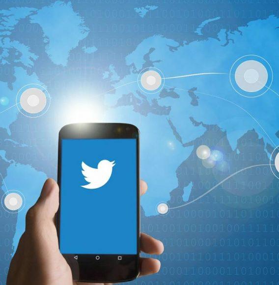 Twitter relance le fil d'actualité en ordre chronologique